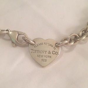 Return to Tiffany's Heart Tag chocker necklace